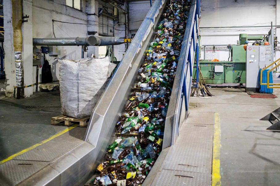 Muovijätteen kierrätystä